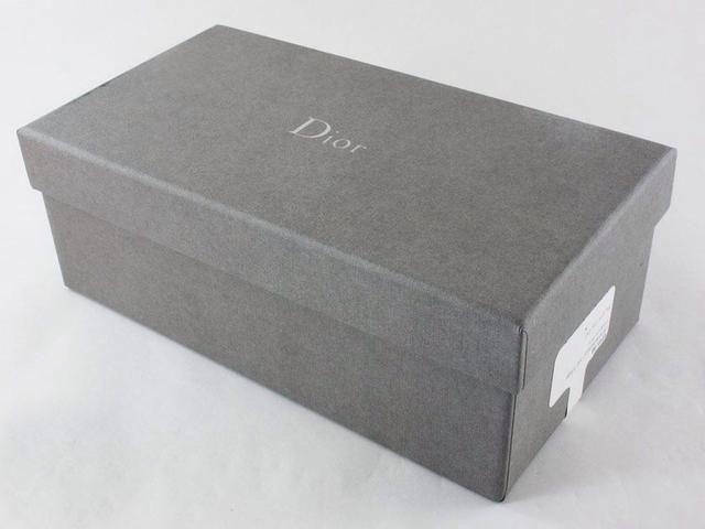 9 bước đơn giản sau để xác thực nguồn gốc kính Dior - 1